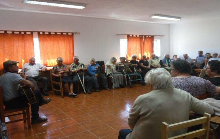 Tarde de música com Jorge Roberto - Convívio Social da Frazoeira